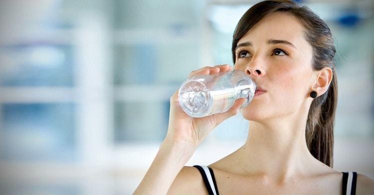 - Drinking Water - अमृत समान है घड़े का पानी, गर्भवती महिलाओं के लिए विशेष फायदेमंद