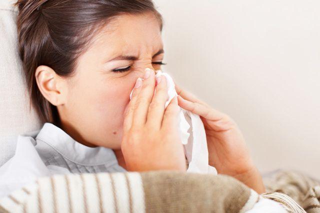 कलौंजी तेल - cold and flu natural remedies - भयंकर गठिया, सर्दी/खांसी, सिर दर्द, बढ़ा वजन/मोटापा, piles इसके 2 बूंद से ही रफूचक्कर हो जायेंगे