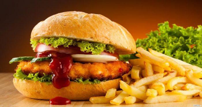 - fast food e1534061756319 - बिना मेहनत के घटाए 12 kg  तक का वजन