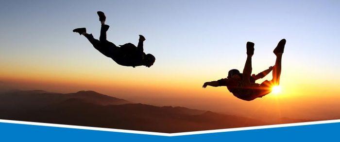 - skydiving e1534061713668 - बिना मेहनत के घटाए 12 kg  तक का वजन