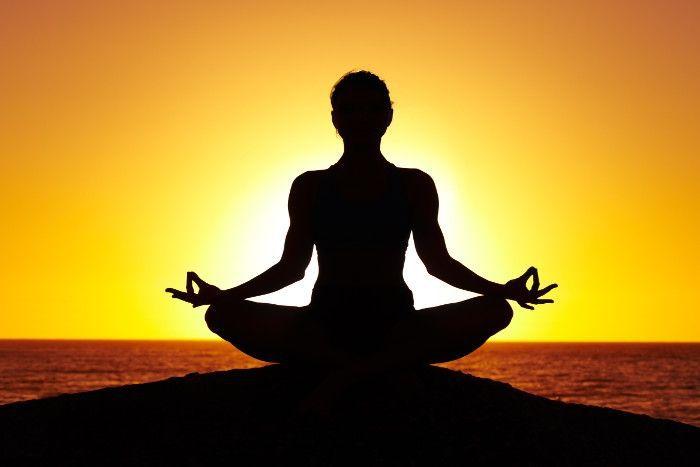 - yoga - बिना मेहनत के घटाए 12 kg  तक का वजन