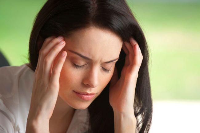 - sirdard Headache - नीलगिरी के तेल के इन फायदों को देखकर दंग रह जायेंगे आप