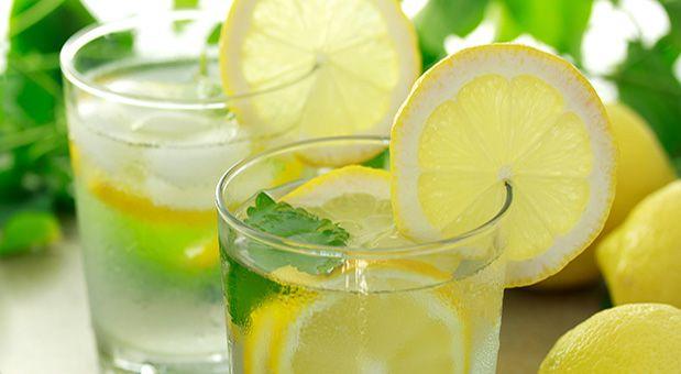 - 15 Benefits of Drinking Lemon Water - आर्मपिट की गांठ से हो परेशान, तो करें इन सरल घरेलु नुस्खों से उपचार